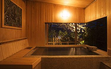 写真:貸切露天風呂 玄武の湯