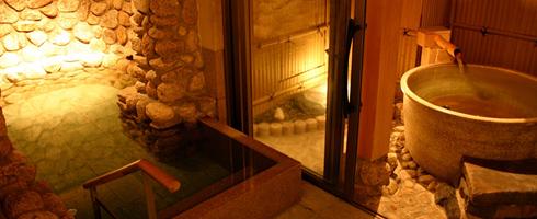 写真:貸切露天風呂「石の音」