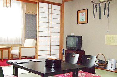 写真:備長炭いやしのルーム 和室