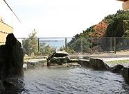写真:露天温泉岩風呂「紀州みなべ千里浜温泉」