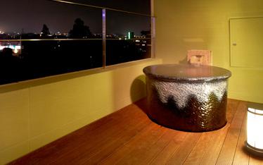 写真:別館デラックス室 源泉かけ流し室内風呂
