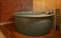 写真:別館特別室 源泉かけ流し室内風呂