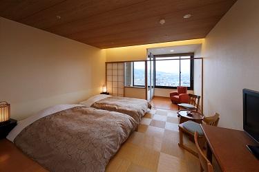 写真:展望風呂付ツインルーム