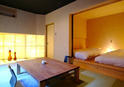 写真:ベッドルーム付き和室
