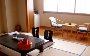 写真:一般客室|東館5階・4階(10畳)