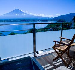 写真:客室露天からの景色