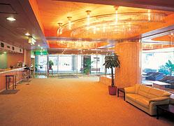 リゾートホテル ラフォーレ強羅:フロントロビー