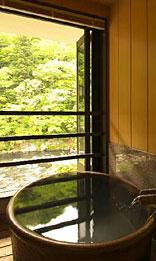 写真:別邸六花|半露天風呂付和洋室「きぶし」|半露天風呂