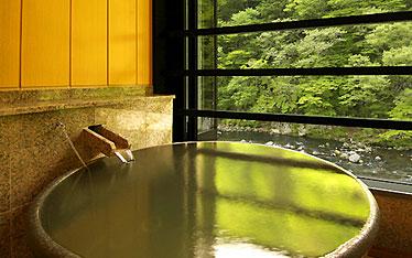写真:別邸六花|半露天風呂付和室「やしお」|露天風呂