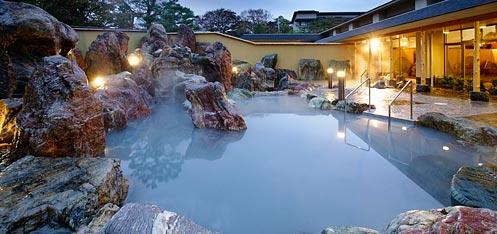 写真:庭園大露天風呂