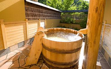 写真:酒樽の湯