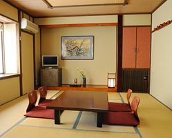 写真:うめ・さくら:庭側 純和室10畳
