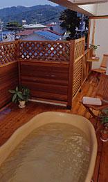写真:特別室(露天風呂付和洋室)