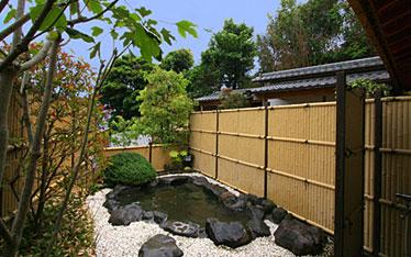 写真:庭園風露天風呂 浜の湯|露天風呂
