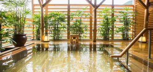 写真:露天温泉檜風呂