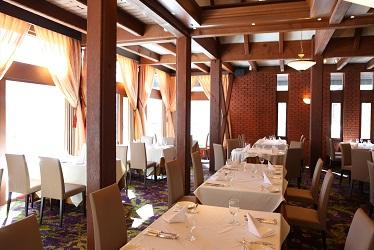 写真:レストラン「フレグラント」