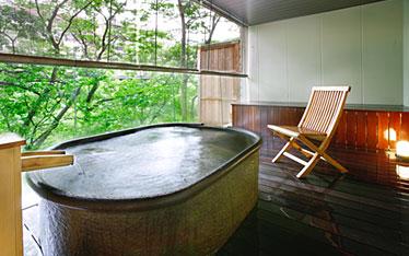 写真:川辺の貸切風呂 鬼怒の湯(露天風呂付)