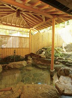 写真:さくら(半露天風呂付き)
