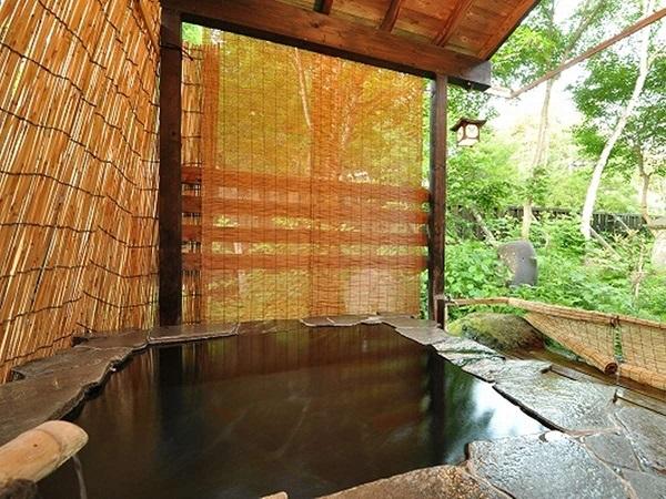 写真:【露天風呂付離れ(独立)】和室10畳+洋室6畳+露天風呂