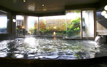 写真:男性大浴場