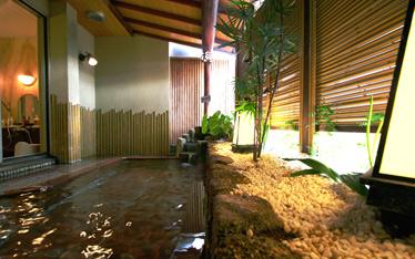 写真:女性大浴場