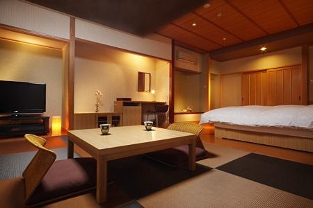 写真:和室+2ベッド
