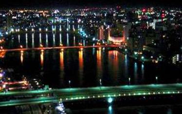 写真:客室から見た万代橋