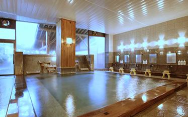 写真:琥珀の湯大浴場