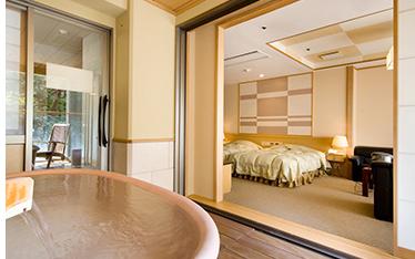 写真:露天風呂付客室(洋室)