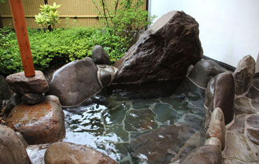 写真:露天風呂付き離れメゾネットタイプさくらんぼう