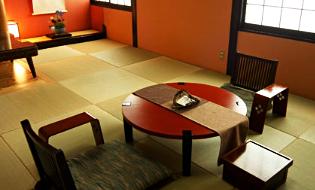 母屋客室「山茶花」
