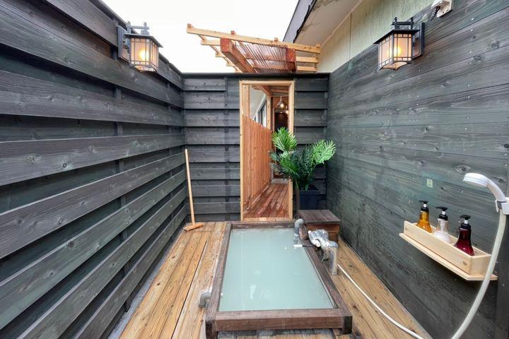 天空渡り廊下直結にごり湯露天風呂