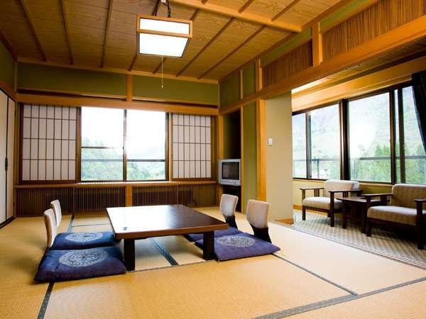 【本館◆和室10畳】岡田旅館のスタンダードのお部屋