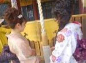 いつもよりも上品に着物姿で祇園をおさんぽ★着物デビューの女性にもおすすめの≪着物レンタルプラン≫
