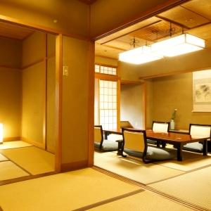 本館・鳳凰殿準特別室:和室12.5畳+次の間6畳+坪庭