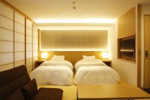 孔雀殿『把楽~PARA~』:源泉掛け流し内湯+ベッド付き和室