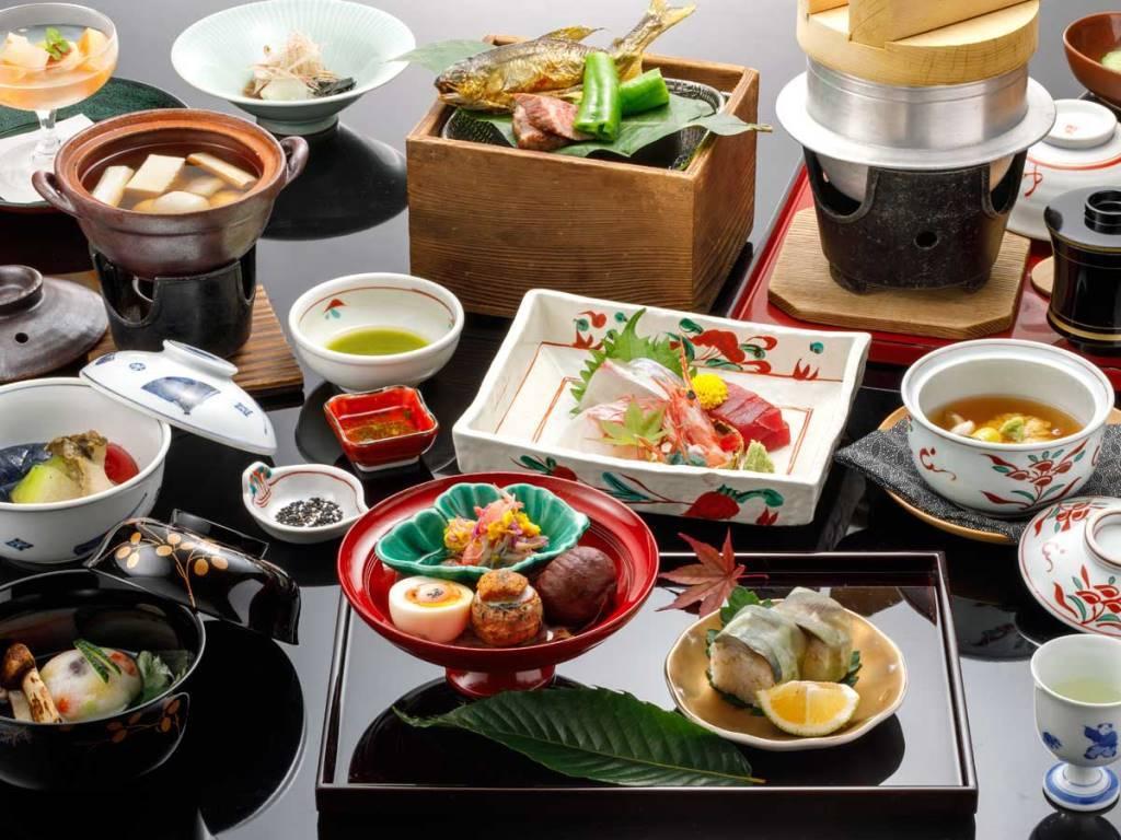 本館【スタンダードプラン】金澤懐石 ~日本海の旬材がたっぷりの懐石料理~