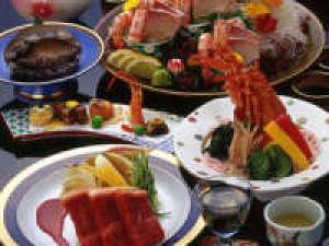 【ランクアップ/個室食】イセエビ姿造りとアワビ踊り焼き★饗宴会席