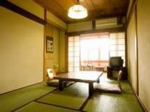 【素泊り(食事なし)/吉野の宿坊体験!】~竹林院の本館宿坊タイプに泊まろう♪~