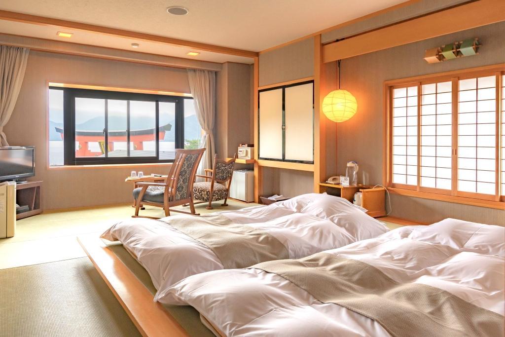 琉球畳の和モダンルーム【禁煙】