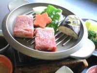 28日前までのご予約で1000円オフ★八汐の味わいselection牛ひとくちステーキ