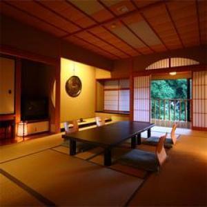 【最高級会席/最大2万円引!】憧れの青巒荘に泊まり、ノドグロ&能登牛を楽しむ《ご褒美プラン♪》