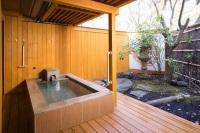 源泉掛け流し露天風呂付客室【和室10畳】