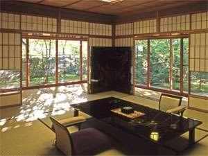 露天風呂付特別室 「椿苑」または「寿苑」