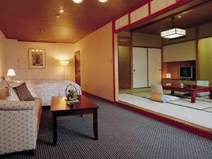 【陶川閣/角部屋で眺めの良い和洋室】 和室10畳+ツインベッド