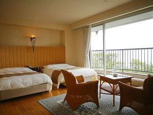 【朝食付】上層階40平米&海と松原を一望するスーペリアツイン★40種以上の和洋朝食バイキングも満喫