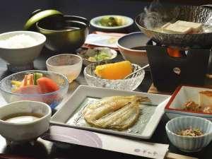 【一泊朝食付き】気ままに温泉♪朝は旅館の贅沢朝ごはん☆チェックイン21時までOK◎夕食なしプラン