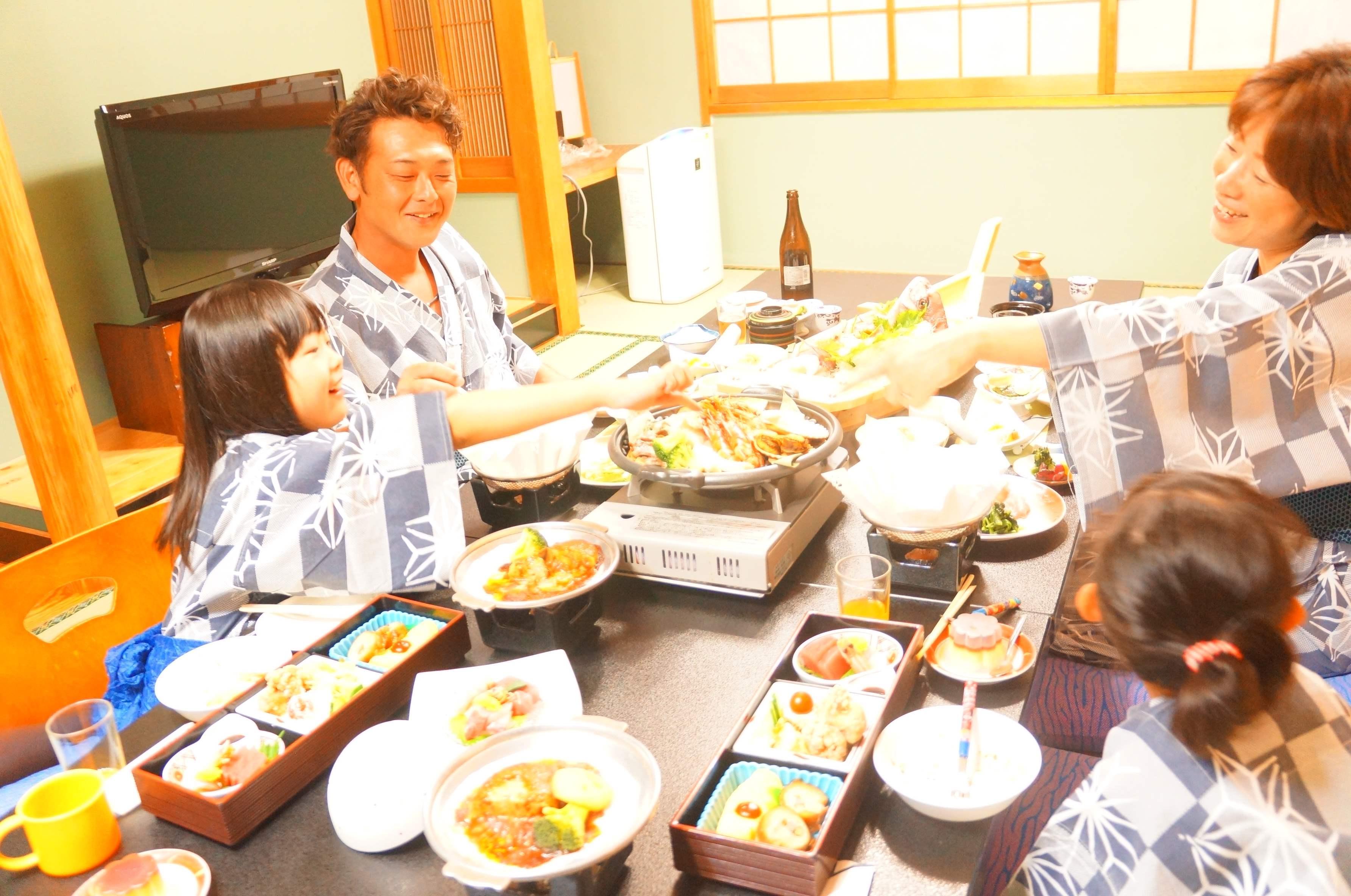 【これぞお値打】伊勢海老付会席/オーシャンビューなお部屋でゆったりお食事を。
