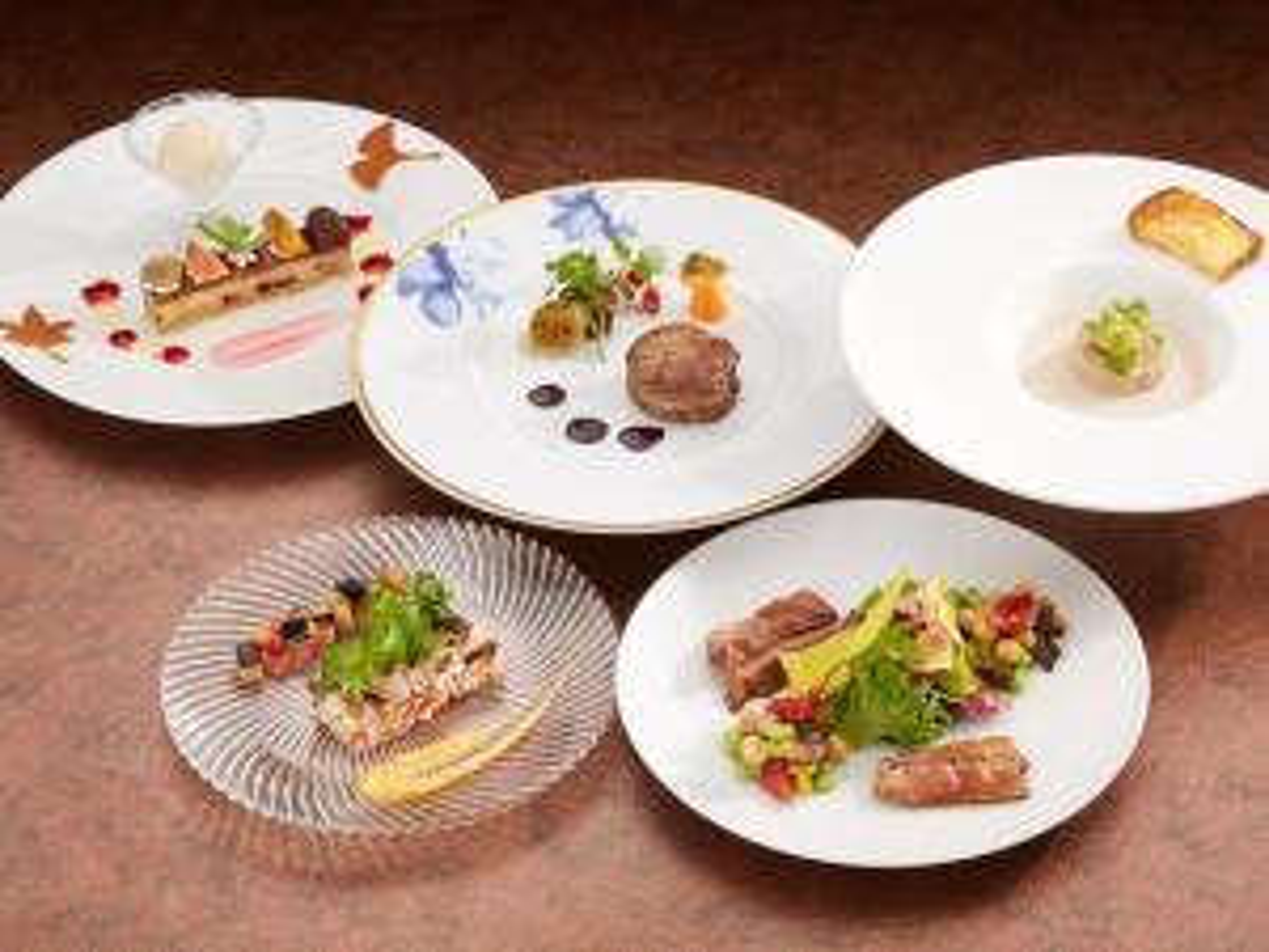 【シーズンセレクション】夕食は伝統のフレンチ又は日本料理