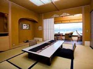 花游亭(お部屋食)~海風を詠む和空間